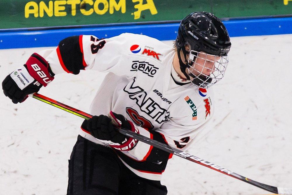 U18 SM: HIFK:n tulokasvahdille jälleen nollapeli – JYP-hyökkääjä iski hattutempun