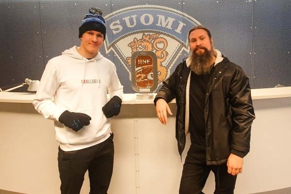Children of Bodom onnitteli Nuoria Leijonia MM-pronssista – Tuliaiset lähtivät pelaajille postitse