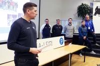 Tässä on ensi kauden U16-maajoukkueen johtoryhmä - Esittäytyi pelaajille Pohjola-leirillä