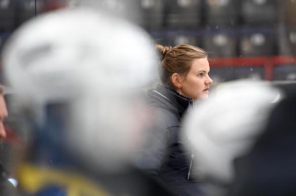 Naisten Liiga: Terhi Mertanen TPS:n uusi päävalmentaja
