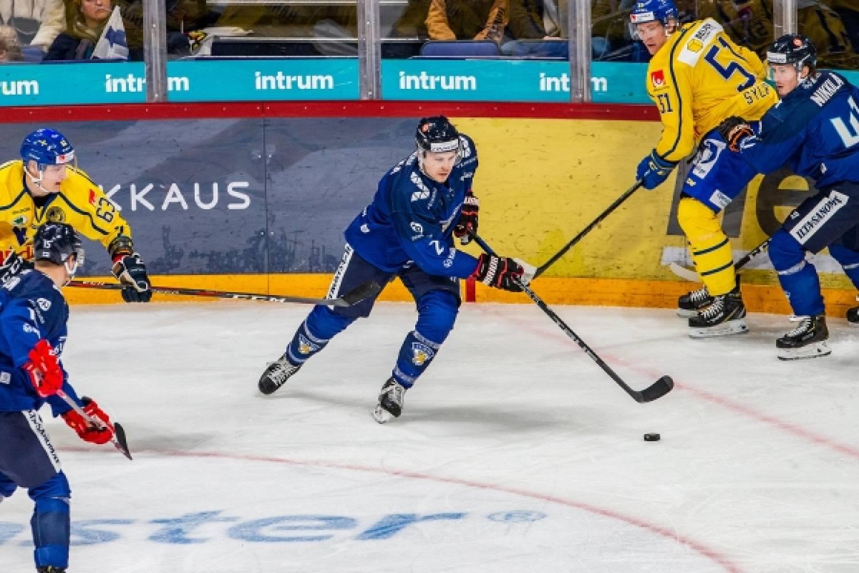 """Leijonien puolustaja Ville Pokka: """"Parannettiin juuri niitä asioita, mitä pyydettiin"""""""
