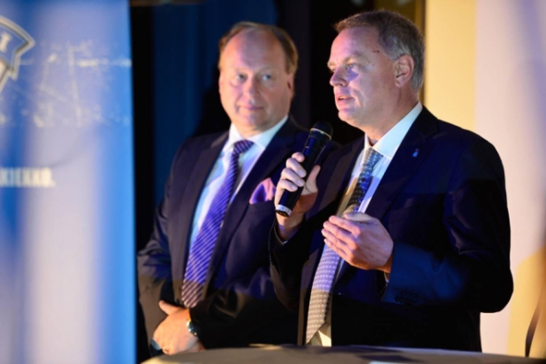 IIHF:n Lichtner hämmästeli Jääkiekkoliiton avoimuutta tulosjulkistuksessa - Video