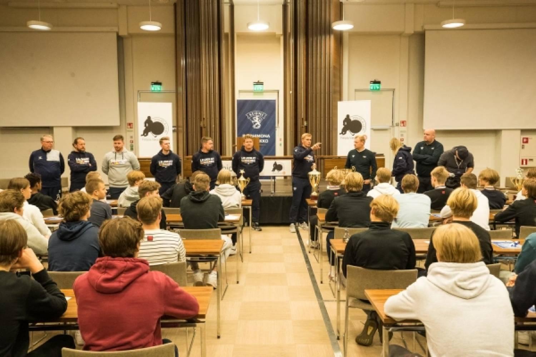 """U16:n päävalmentaja Marko Kauppinen: """"Jäi tosi hyvä kuva ikäluokasta – Jokainen pelaaja voi olla itsestään ylpeä"""""""