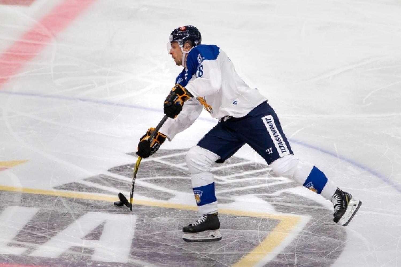 """A-maajoukkuedebytantti Mikko Niemelä: """"Upeaa päästä mukaan – itseltäni ihan jämäkkä peli"""""""