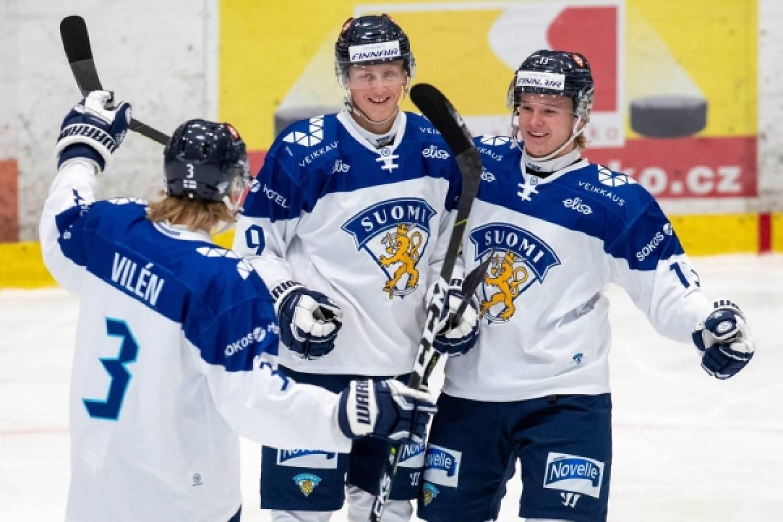 Nuoret Leijonat päätti turnauksensa voitokkaasti, Ruotsi kaatui 2–1 – Näin ottelu eteni – Kuvagalleria