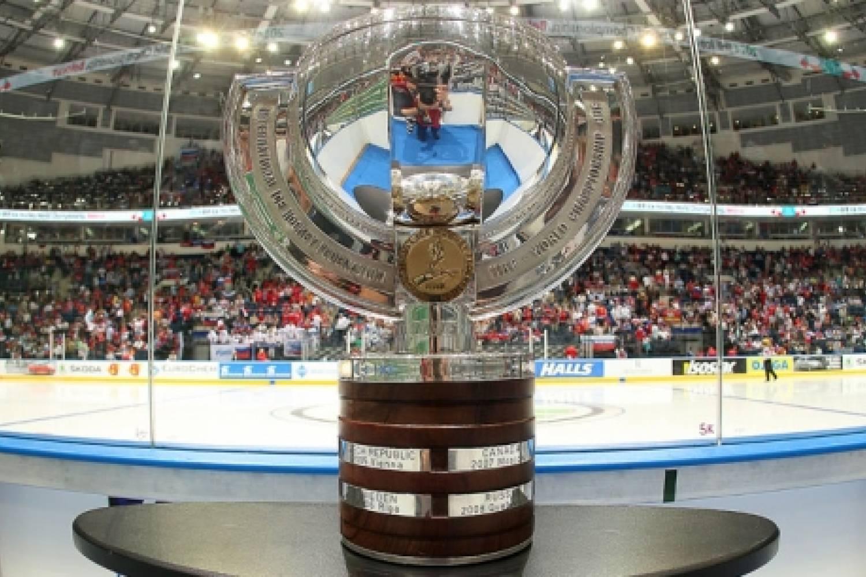 """Otteluraportti: Ylivoimatehot siivittivät Venäjän maailmanmestaruuteen - """"Istuttiin liikaa boksin puolella"""""""