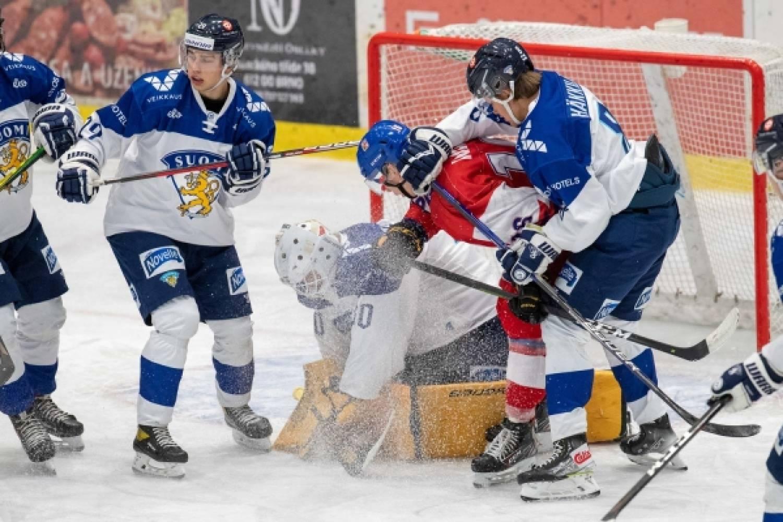 Nuoret Leijonat kärsi tappion turnausavauksessaan Tshekissä – Näin ottelu eteni – Kuvagalleria
