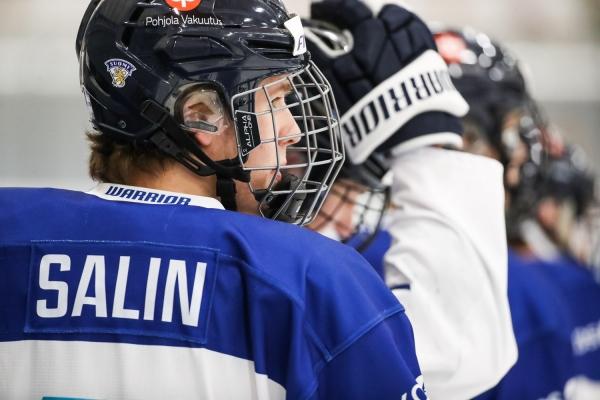 Otto Salin luutii nuoren HIFK:n takalinjoilla U20 SM-sarjassa