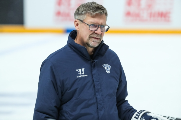 Karjala-turnauksen anti – Jukka Jalonen ja Antti Pennanen perkaavat turnauksen – Katso video!