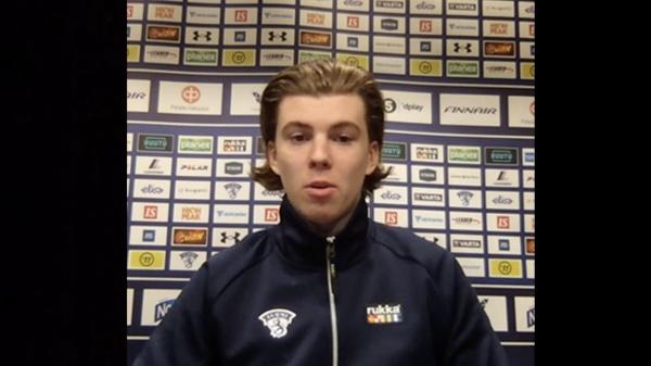 """Nuorten MM-kisojen parhaaksi puolustajaksi valittu Topi Niemelä: """"Valinta tuntuu hyvältä, mutta pronssi vielä paremmalta"""""""